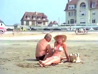 Les weekends d un couple pervers (1976)