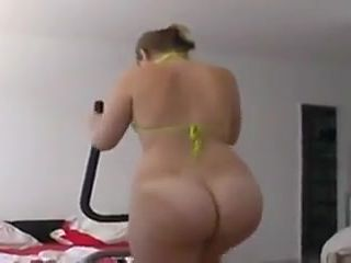 Big White Ass PAWG nude Treadmill Workout