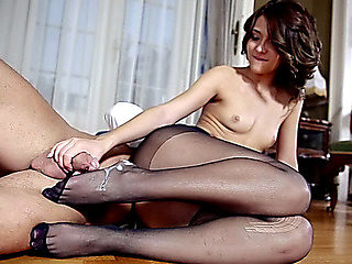 Brunette Hair in nylon hose receives screwed on the floor