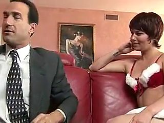 Short hair slut gets nailed on the sofa