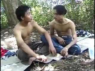 Duo minet asiatique