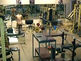 Naked lady spied exercising in a gym