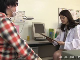Yet another Japanese nurse wants to have fun with the patient's boner