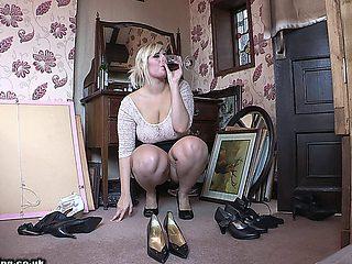 Raphaella Aka Ellie Roe (downblouse & Upskirt)