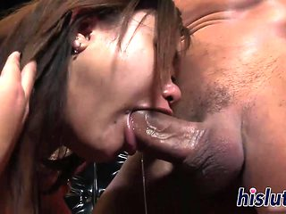 Hot deepthroating action with a petite Asian
