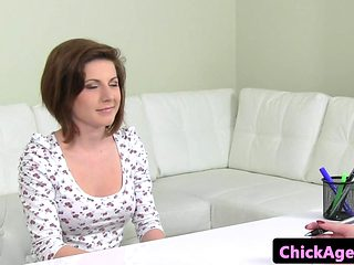 Amateur casting euro fingering agents pussy