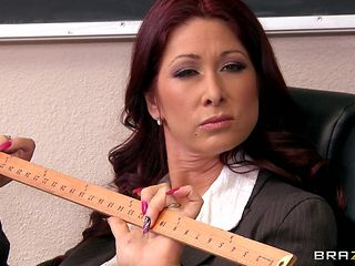 horny teacher takes off her clothes and expects some dick
