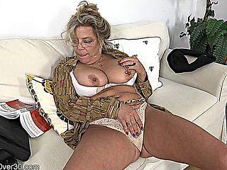 Mature Karen