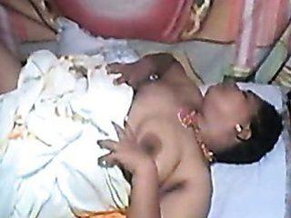 Tamil Mallu Aunty Traditional