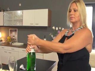 Hausfrauen Party