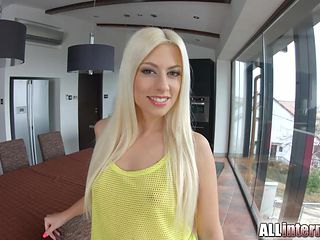 Allinternal sexy blonde in creampie threesome fun