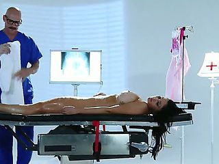 Its Johnny Sinss duty to sponge bath all patients of the hospital, but when he sees how hot his n...