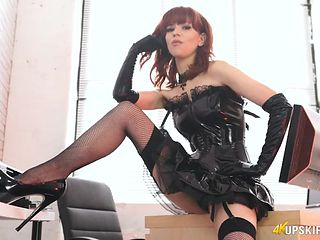 Mistress in black latex gives hot JOI
