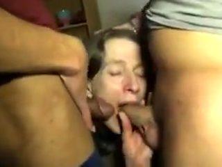 Gangbang pour une salope perverse