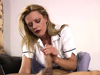 British nurse gets oral