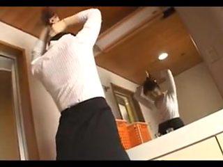Hitomi Kurosaki - Sexy Japanese Housewife