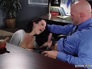 busty babe gets her pussy eaten at work