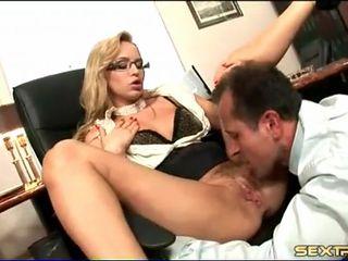 Boss fucks his slutty secretary in the asshole