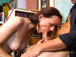 Janitor gets his cock sucked by a beautiful teacher