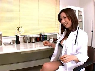 Jpn female doctor inserts objects and finger into peehole
