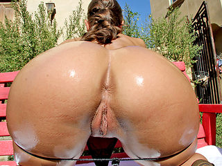 Olivia Wilder oils up her bubble butt for interracial fuck