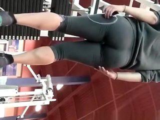 Big ass woman exercising her legs