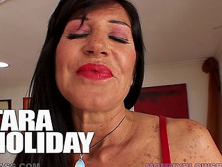 Tara Holiday Giving An Amazing Blowjob