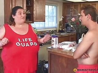 Super thick aunt sucks dick a peasant