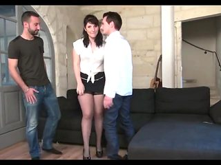 French brunette round ass dp