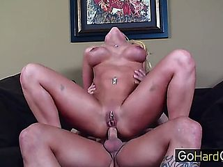 Perfect Pornstar Give Anal Nicki Hunter