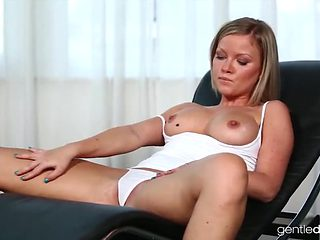 Big boobs blonde presents her pussy and he licks it