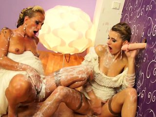 Glamour bride shares cock with maid of honor