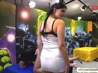 Ass and Cock Licker babe Alice Nice - Extreme Bukkake