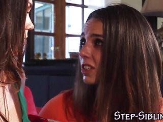 Tribbing teen step sister
